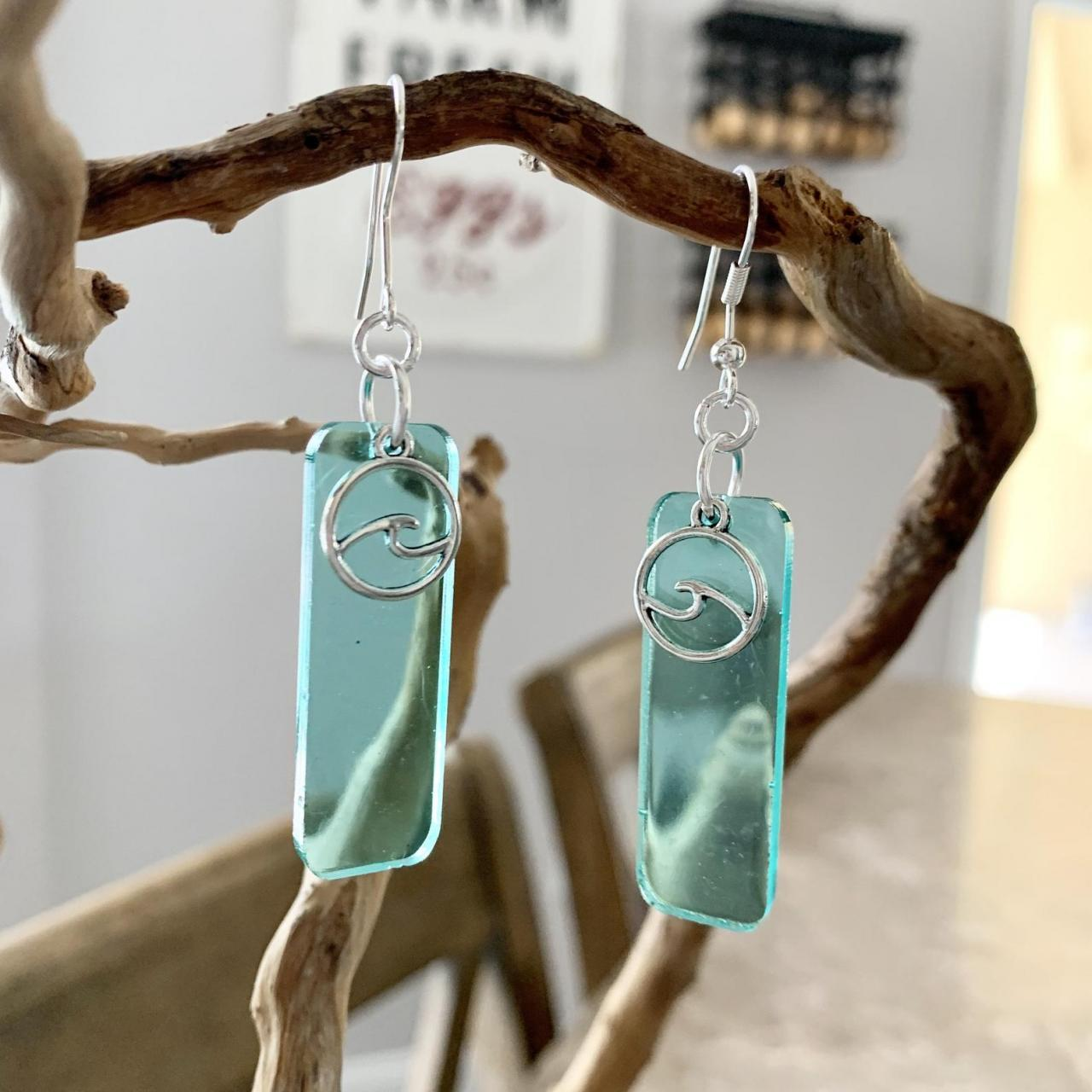 Resin art,wave earrings,beach jewelry,summer earrings,ocean earrings,surf,tropical,vacation gift,graduation,birthday,cruise jewelry,aqua