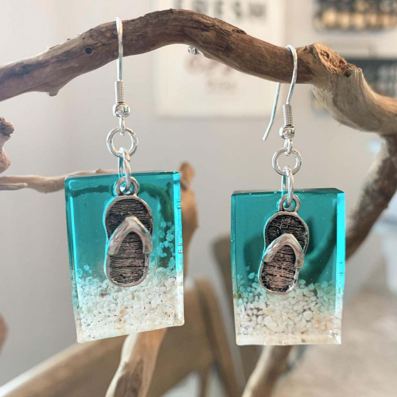 Beach jewelry,resin art,sand,ocean,waves,tropical,beach earrings,beach lover jewelry,jewelry for women,grad gift,birthday,sandal charm,vaca