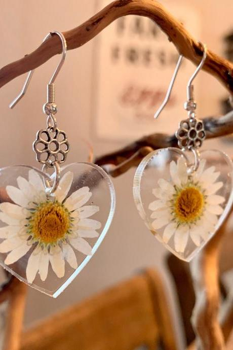 Resin pressed daisy flower earrings, Real Flower Earrings , unique gift