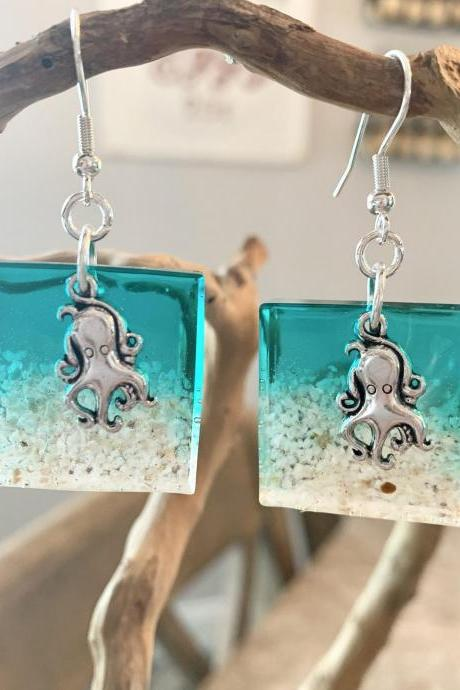 Octopus earrings,beach jewelry,resin art,ocean,beach lover,ocean life,nature,wave,tropical,vacation jewelry,jewelry for women,grad gift
