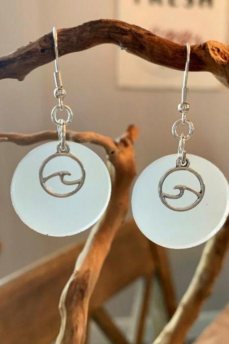 Resin jewelry,wave earrings,beach jewelry,jewelry for women, jewelry for beach lovers,vacation, summer,ocean,tropical,lightweight jewelry