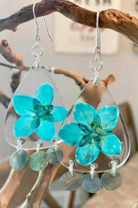 Resin pressed flower earrings, Turquoise marsh grass of parnassus earrings,Real Flower Earrings