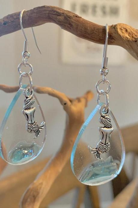 Sea glass, resin,mermaid earrings,beach jewelry,jewelry for women,gift,summer earrings,ocean jewelry,vacation jewelry, cruise, bridal,nature