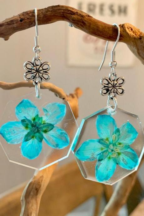 Real flower earrings, Turquoise marsh grass of parnassus earrings,resin pressed flowers earrings, botanical jewelry, unique, gift