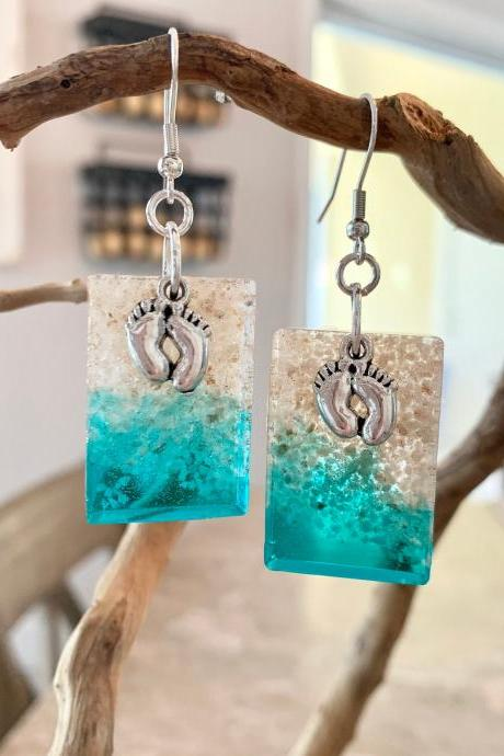 Footprint beach earrings,beach jewelry,footprints in sand earrings,beach earrings,wave,ocean jewelry, gift,jewelry for women,tropical,nature